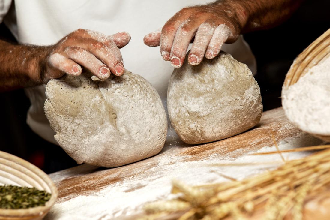 Bäckermeister Georg von hello-bread.de